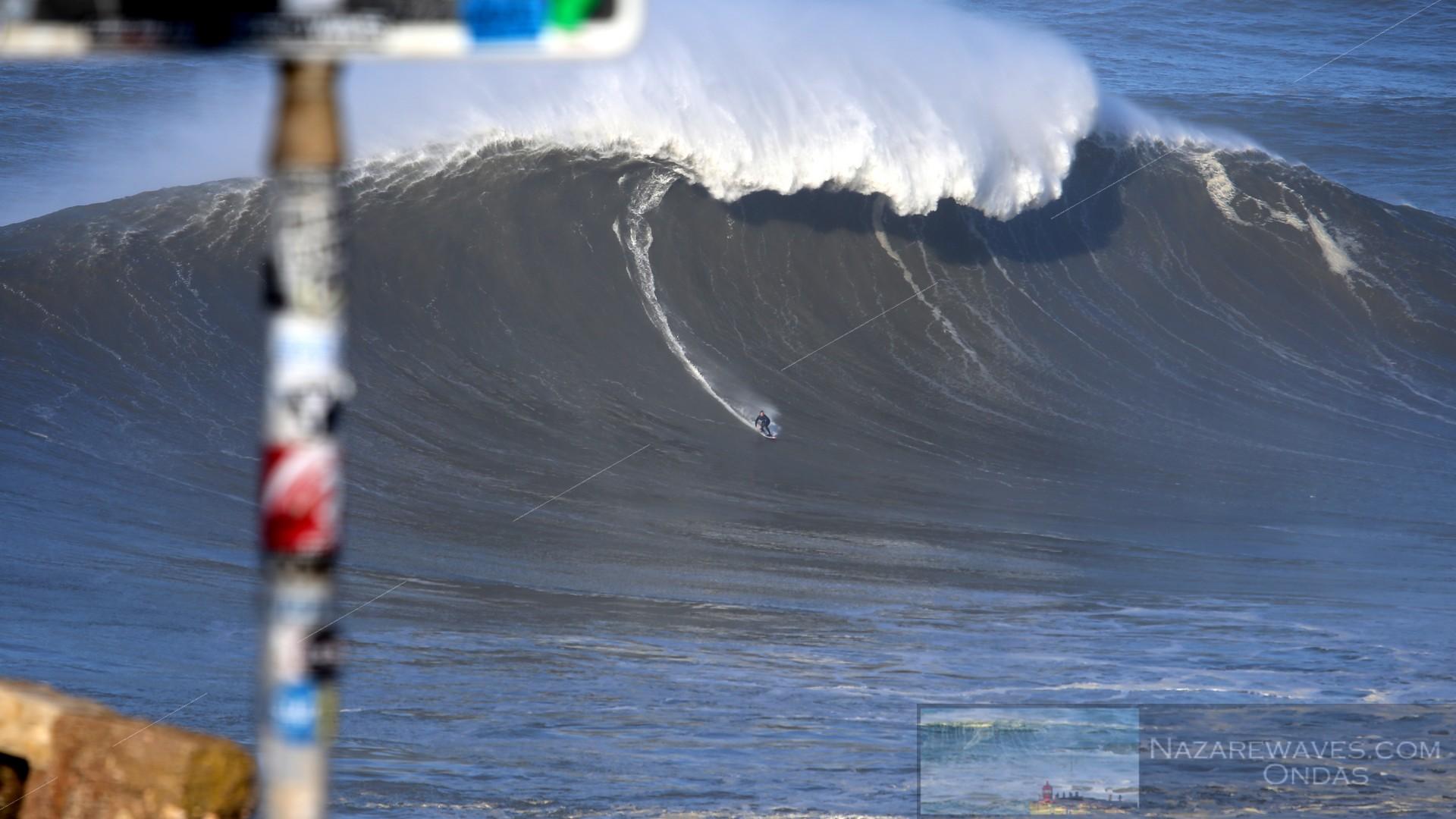 Surfer nazare