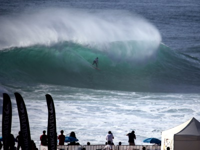 Aritz Araburu wins the Allianz Perfect Chapter in Nazaré